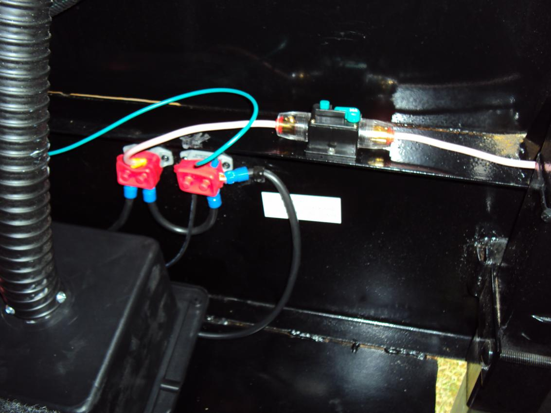 Fuse Location Front Electric Jacks Keystone Rv Forums 2010 Sprinter Wiring Diagram Click Image For Larger Version Name Dsc00252 Views 555 Size 823