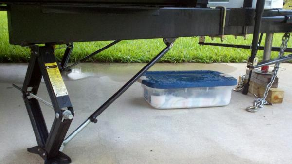 Camper Stabilizer Bars : I installed bal lock arm stabilizer bars on my rv